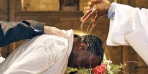 Baptême des adultes : un accompagnement personnalisé