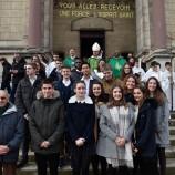 Confirmation, 18 'jeunes' ont reçu les dons de l'Esprit Saint – Les photos