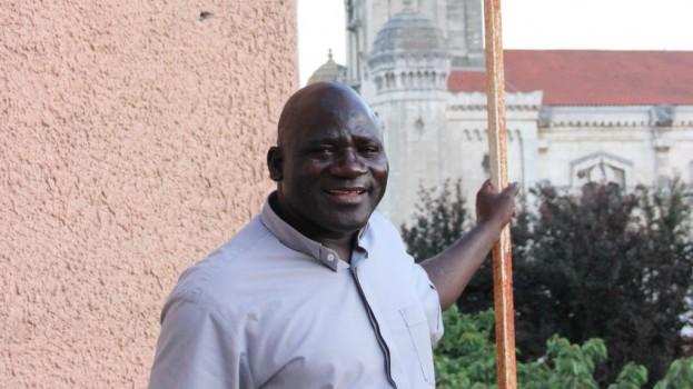Père Emmanuel Amadou: prêtre remplaçant cet été