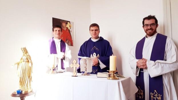 Messe dominicale en direct sur YouTube + chants